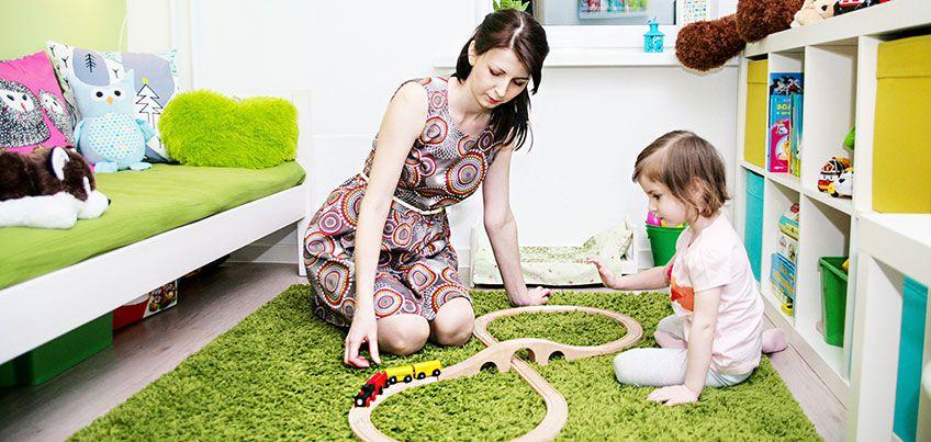 Как ижевчанам выбрать обои для детской комнаты