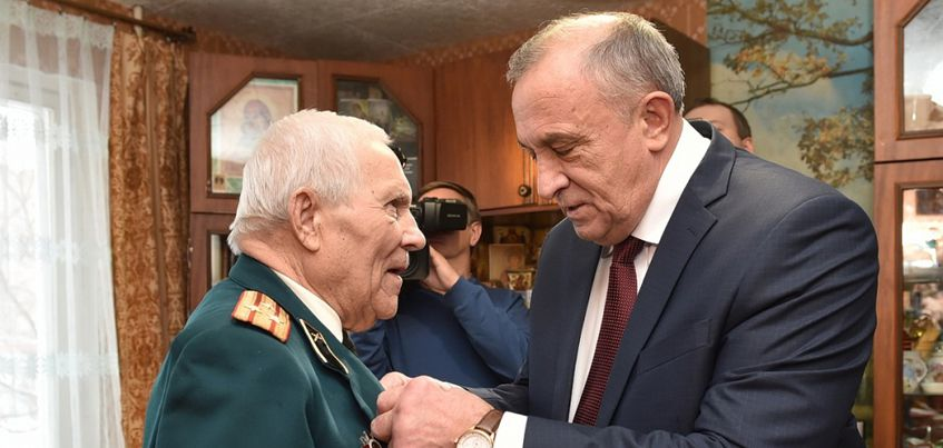 В Ижевске вручили памятные знаки ветеранам Великой Отечественной Войны