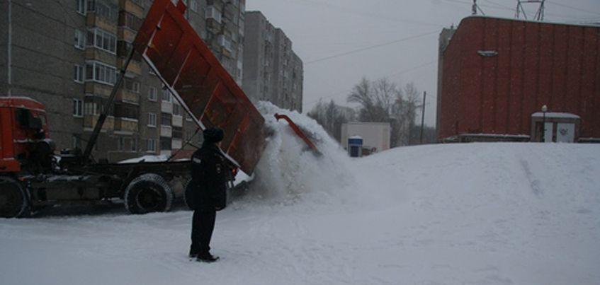 Опасные ледяные горки ликвидируют в Ижевске