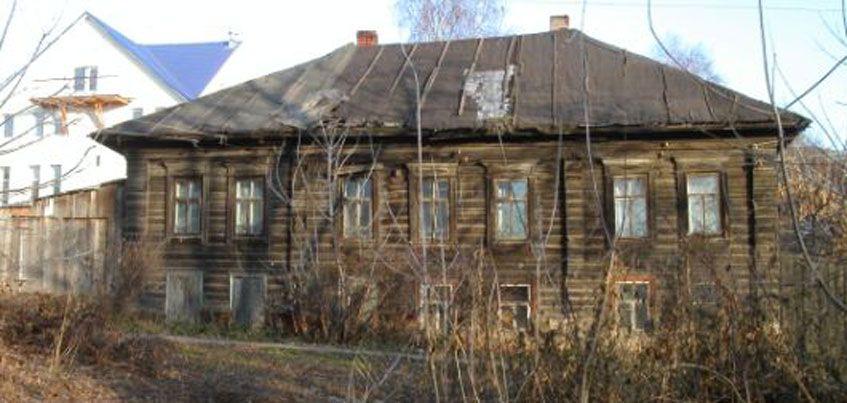 На переселение жителей из аварийного жилья Удмуртия получит 62 млн рублей