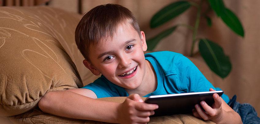 Что делать, если ребенок пишет в соцсетях пошлости и гадости