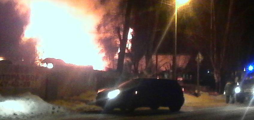 В Удмуртии полностью сгорел частный дом