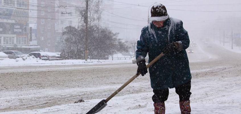 В Ижевске 6 декабря из-за снегопада произошло 96 ДТП