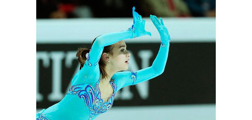 Фигуристка из Удмуртии Алина Загитова лидирует после короткой программы на финале Гран-при