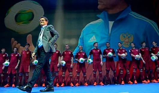Мяч - на центр! Кто сыграет за Россию на Чемпионате мира по футболу в Бразилии?