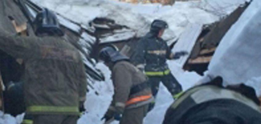 В Удмуртии из-за снега обвалилась крыша производственного предприятия