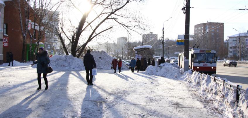 5 самых заснеженных участков города: как представители Администрации Ижевска отреагируют на нечищеные улицы