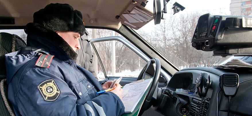 ГИБДД Удмуртии проверит, как водители уступают пожарным и «скорой»