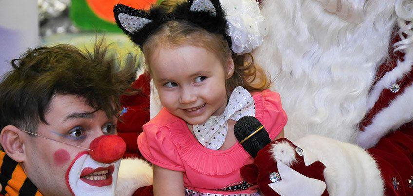 Пришли фото ребенка в новогоднем наряде и выиграй приз!