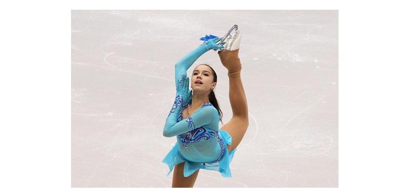 Фигуристка из Удмуртии Алина Загитова после короткой программы занимает 3 место на чемпионате России