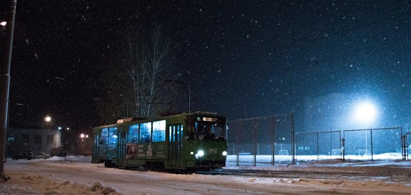 Инстаграм недели: житель Кировской области делает ночные кадры Ижевска