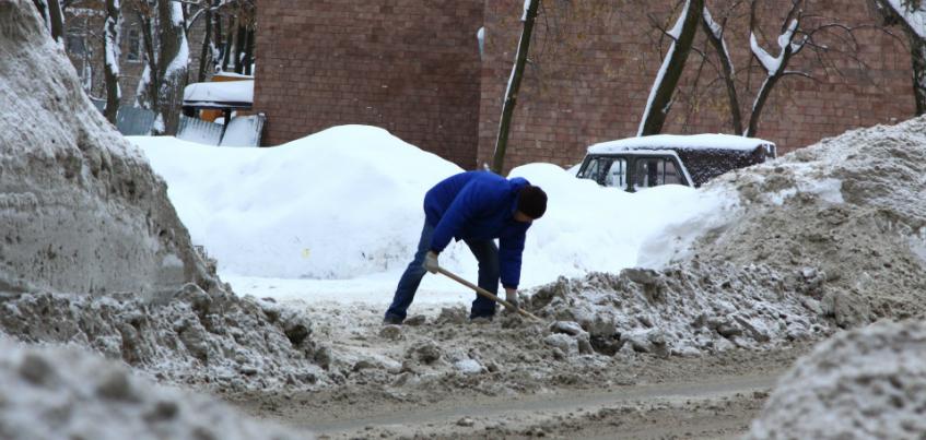 23 фотографии утопающего в снегу Ижевска