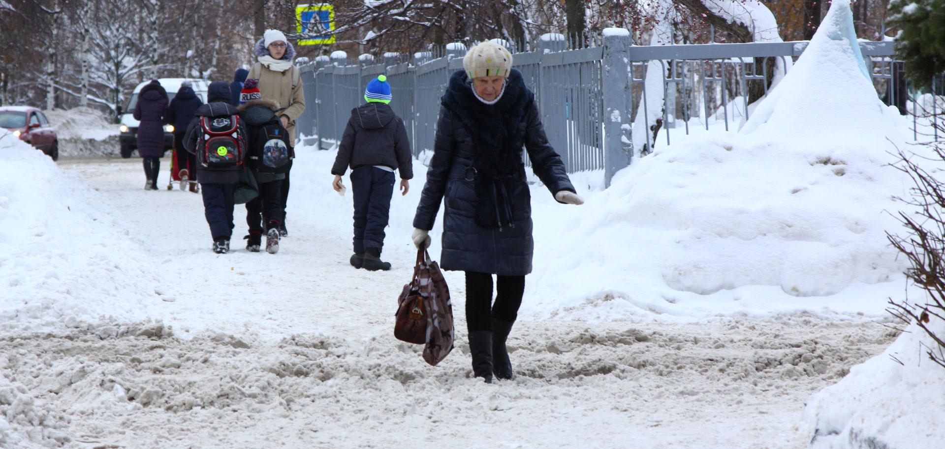 Дзержинского и Коммунаров: на каких еще улицах Ижевска уберут снег 3 января?