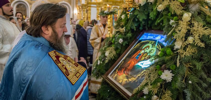 Фоторепортаж: как Ижевск отметил Рождество