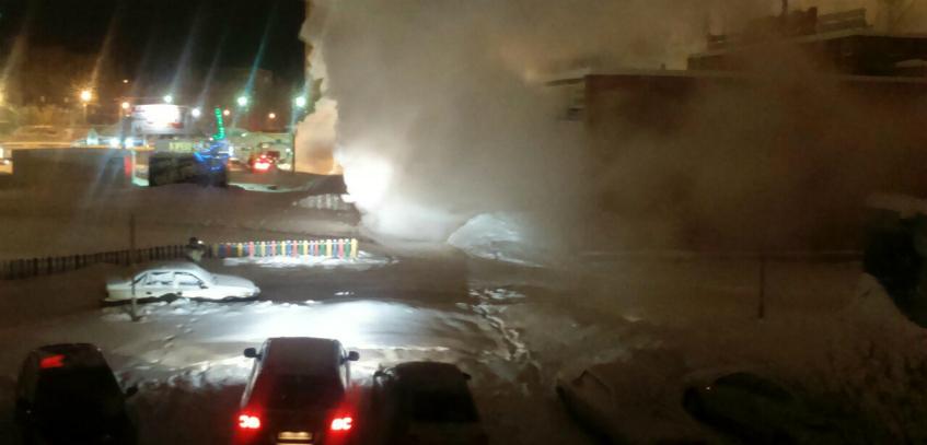 Предварительной причиной аварии на теплосетях в городке Металлургов в Ижевске стал перепад температур