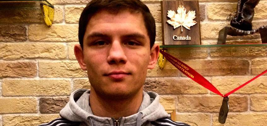 Боксер из Удмуртии Максим Чернышев будет участвовать в матчевой встрече всемирной серии бокса