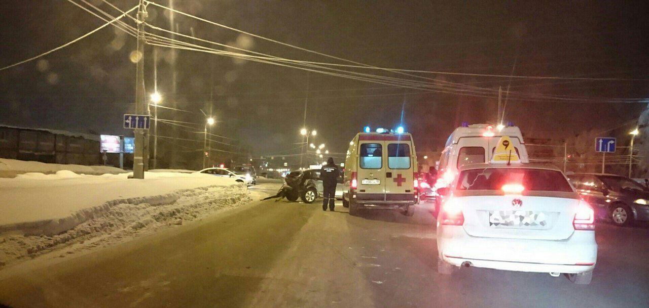 В Ижевске в ДТП пострадала женщина на 14 неделе беременности