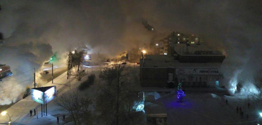 Порыв теплосетей в городке Металлургов в Ижевске произошел из-за коррозии труб