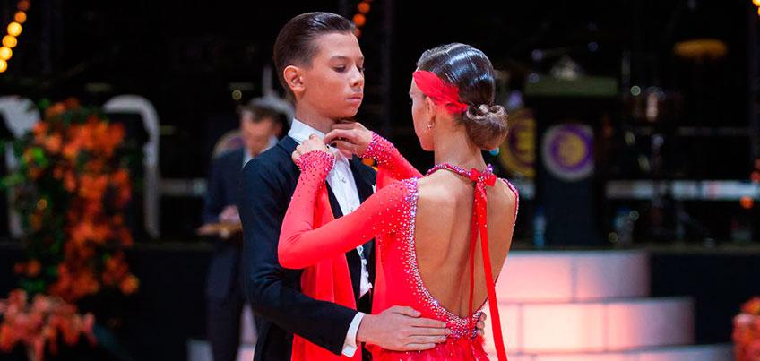 Ижевчанин в 13 лет один переехал в Москву и стал одним из лучших танцоров-«бальников» в мире