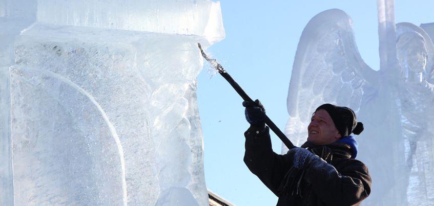 Десять фото ледовых скульптур с фестиваля «Ангелов и Архангелов» в Ижевске