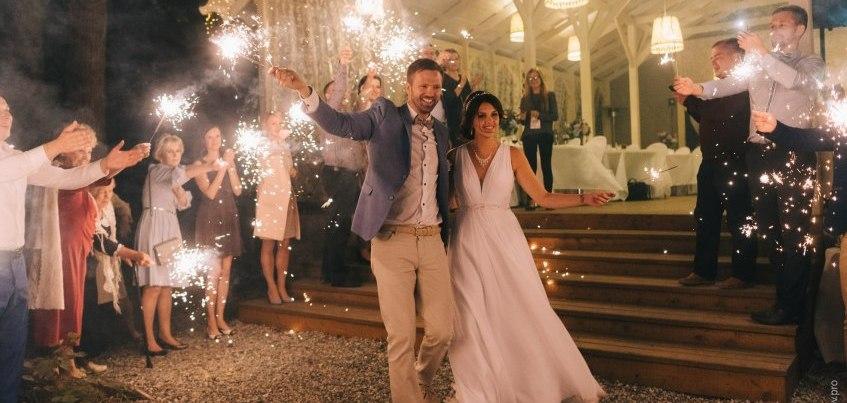 Ижевские молодожены: Сыграли свадьбу на Кипре