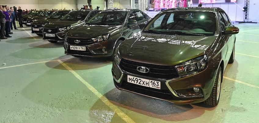 Ижевский автозавод в 2016 году выпустил почти 100 тысяч автомобилей
