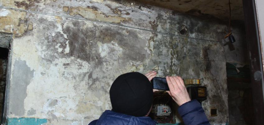 Причиной разрушения стены в доме на Воткинском шоссе в Ижевске стало подтопление подвала