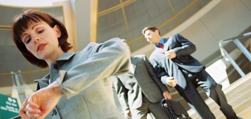 Опрос: в Удмуртии чаще всего на работу опаздывают маркетологи и ИТ-специалисты