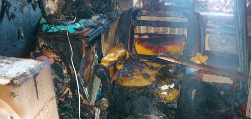 В Удмуртии несколько семей оказались в ловушке во время пожара в пятиэтажке