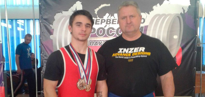 Сарапульчанин Михаил Титов вновь обновил рекорд России в жиме лёжа