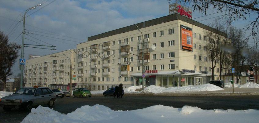 Ижевчане просят ГИБДД Удмуртии  установить светофор на улице Пушкинской