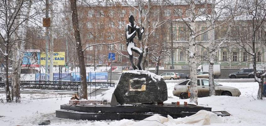 Активисты ОНФ в Удмуртии проверят, как чистят от снега памятники защитникам Отечества