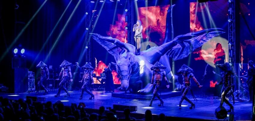 Анита Цой посвятила ижевчанке песню во время своего шоу «10I20»