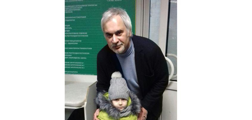 Валерий Меладзе пожелал выздоровления девочке из Ижевска, которой делали операцию в Москве