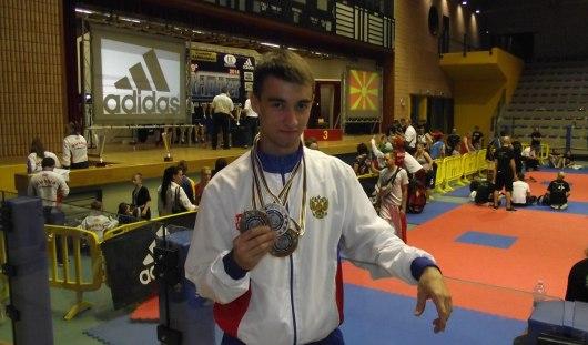 Ижевский кикбоксер привез серебряную и бронзовые медали с Кубка мира «Best Fighter»