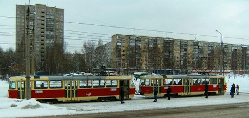 По дорогам  Ижевска вновь ездят двухвагонные трамваи