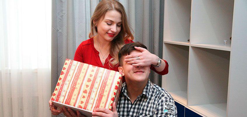 Подарки к 23 февраля: чем ижевчанки могут порадовать любимого?