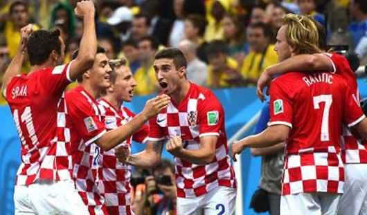 ЧМ-2014: Хорваты разгромили Камерун, а испанцы не выйдут из группы в 1/8