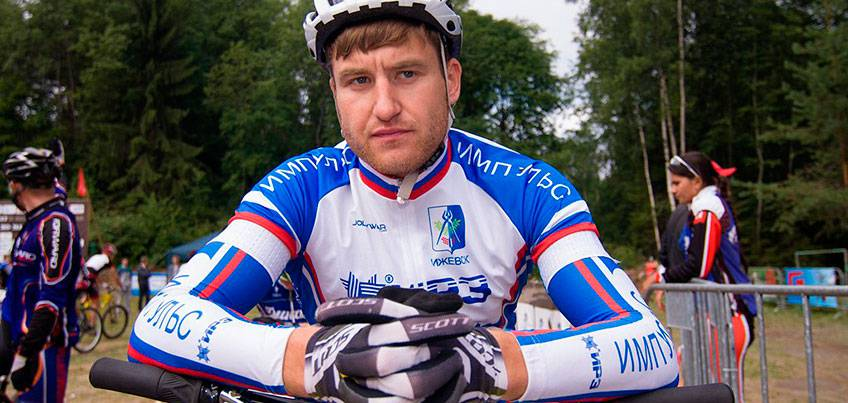 Тренер погибшего ижевского велосипедиста Антона Гоголева: «Он в последний момент сдал билет в Турцию и улетел в Сочи»
