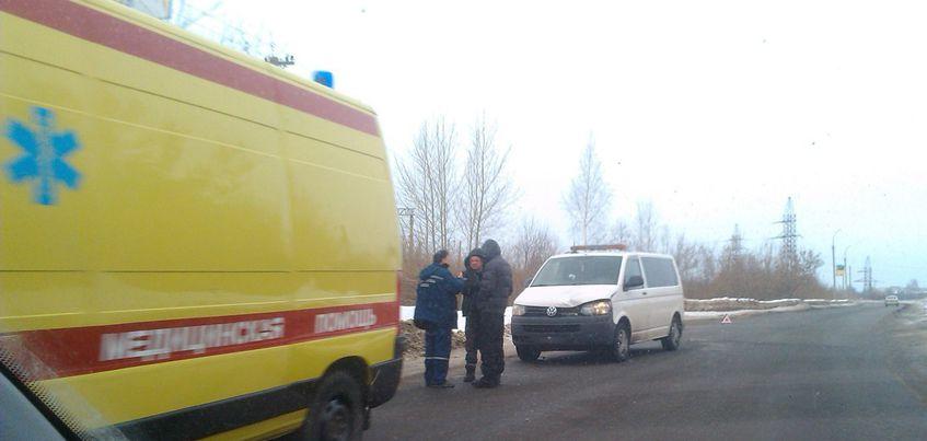 В Ижевске на улице Пойма микроавтобус насмерть сбил девочку-подростка