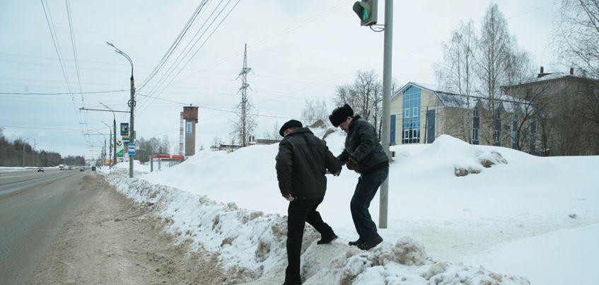 Фото: Ситуация на дорогах и во дворах Ижевска 3 марта