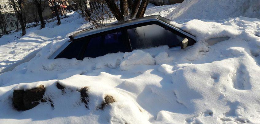 В Ижевске на Воткинском шоссе появился первый «подснежник»