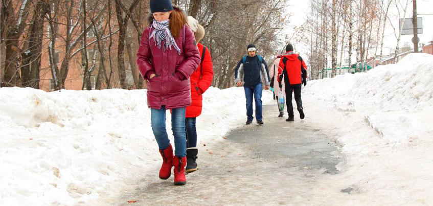 Ни дня без напастей: в Ижевске снова гололед