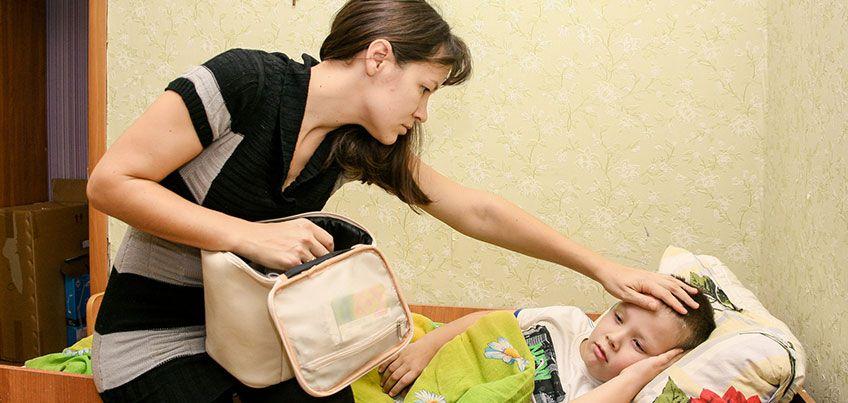 Здоровье с доктором Комаровским: почему при отите нельзя сильно сморкаться?