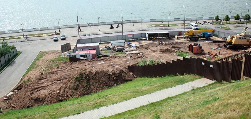 Строительство кафе на набережной идет по плану и закончится в этом году