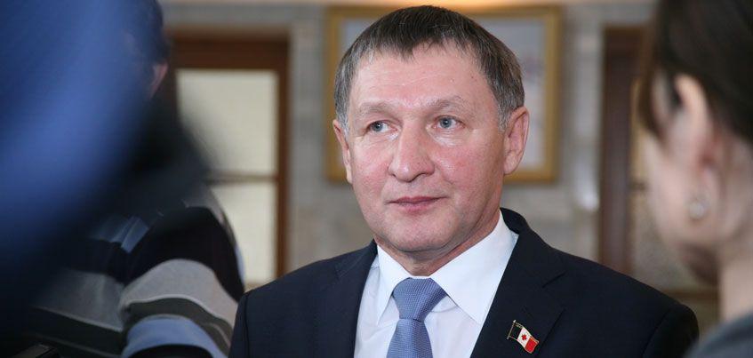 Спикер Госсовета Удмуртии поддержал сокращение депутатов в районах республики