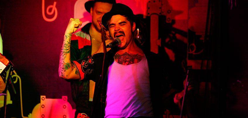 Группа«The Hatters» показала Ижевску, что такое цыганский хардкор