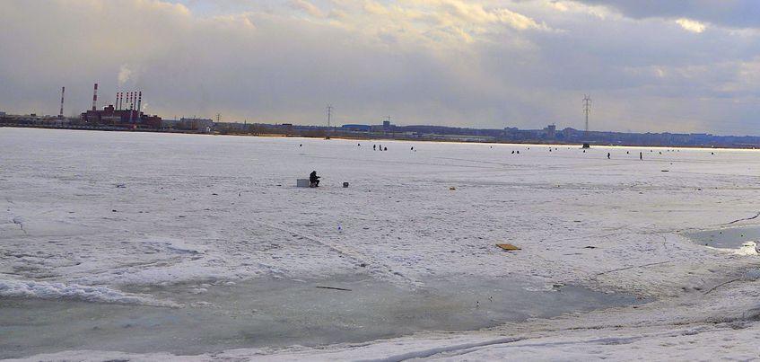 Ижевчан просят не выходить на лед с началом весенних оттепелей