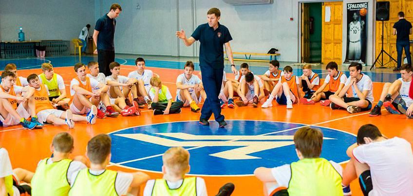 В Ижевске прошел баскетбольный интенсив