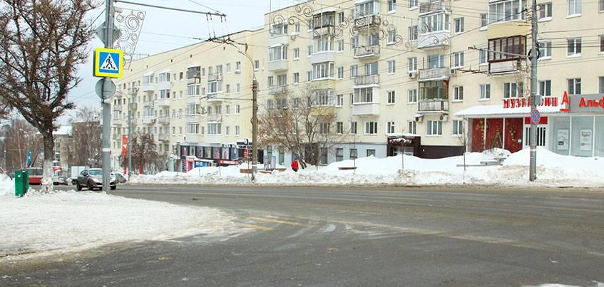До 5 лет тюрьмы грозит ижевчанину, который сбил женщину с ребенком на улице Пушкинской